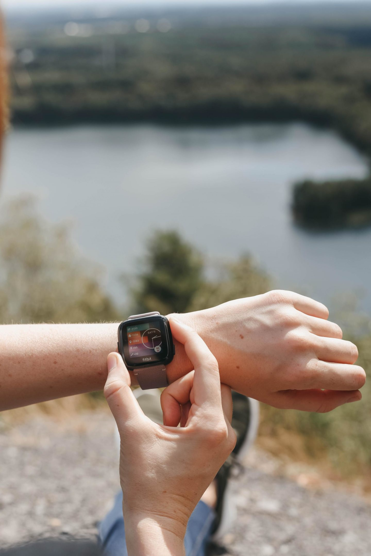 Connecterra Maasmechelen with Fitbit Versa | AD