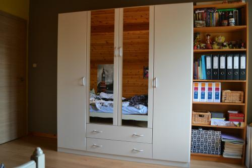 Closet Cleaning: Organisation is key (Final)