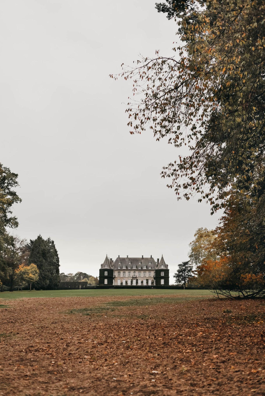 Château de la Hulpe in Fall