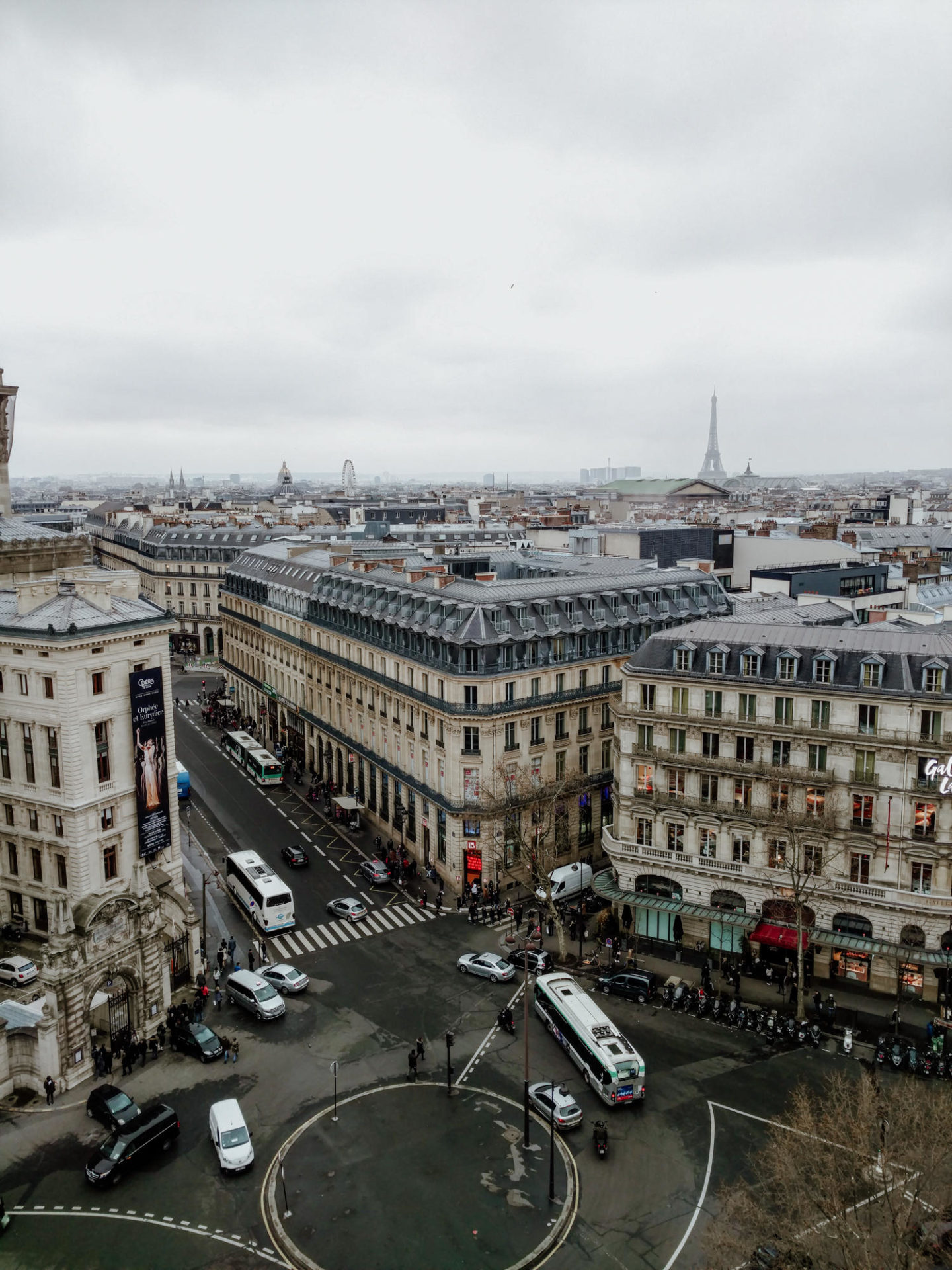 Rooftop view with eiffel tower from Galleries Lafayette