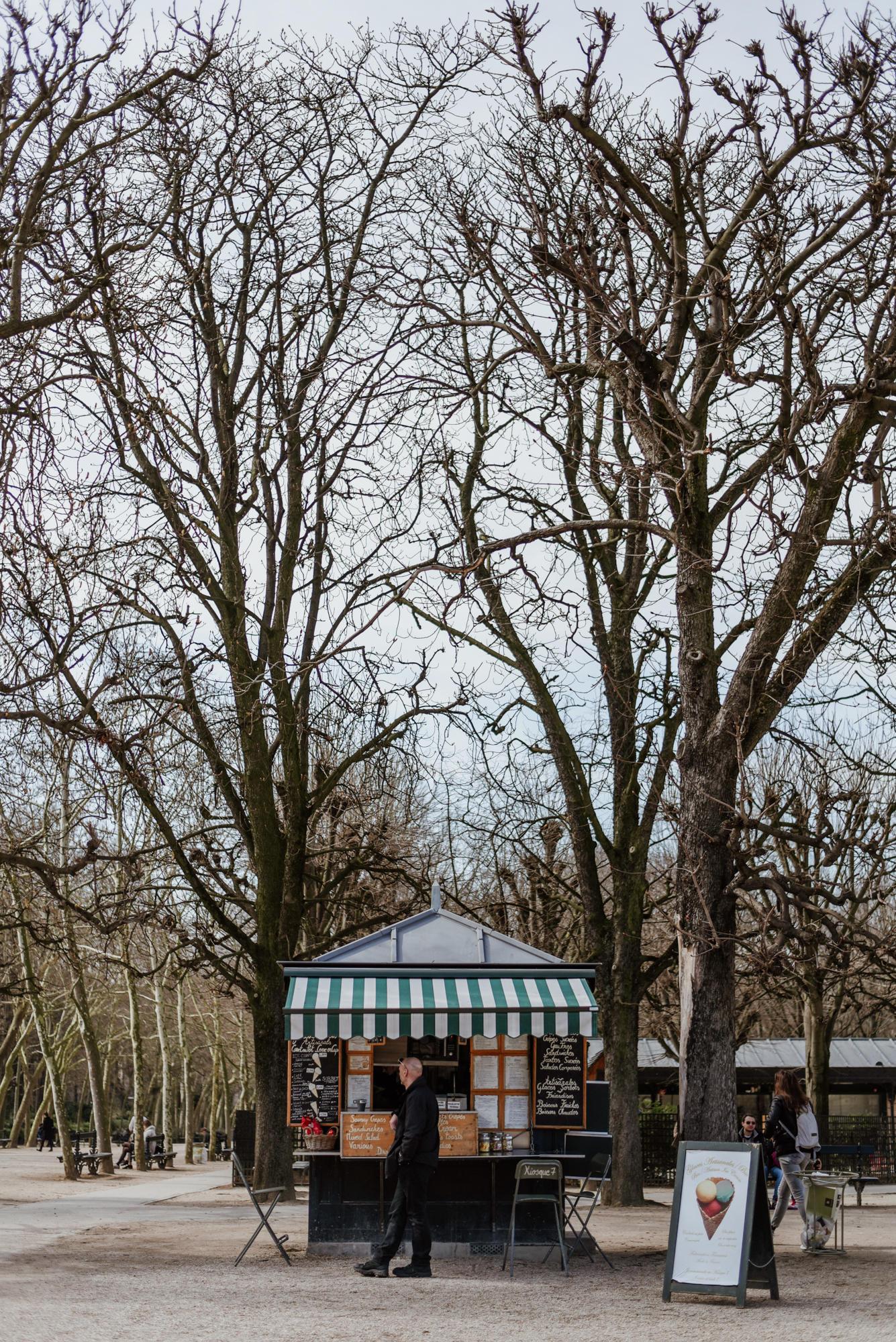 Crêperie in Jardin De Luxembourg Paris