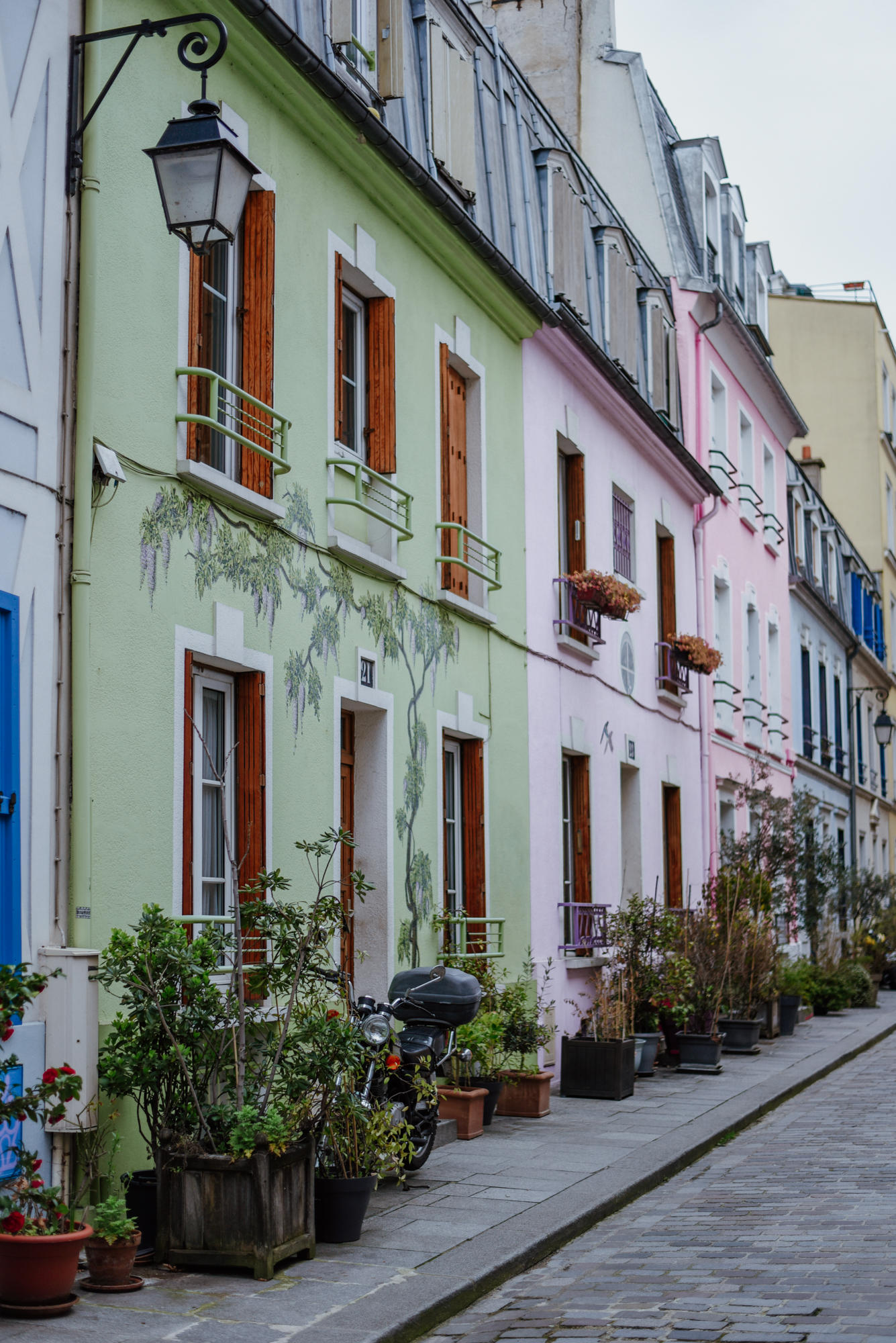 colorful street rue crémieux in paris